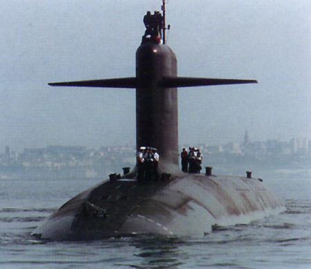 مدمرات وغواصات بحرية A-S616-Le-Triomphant-V2